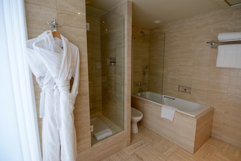 Paris Luxury Value_Leah Walker_Hotel de Louvre3