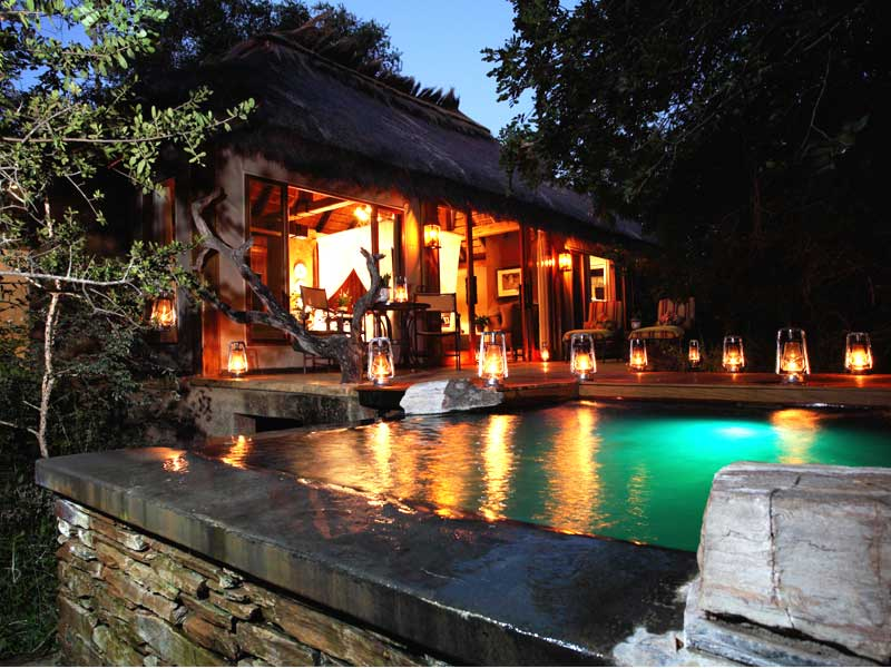 Camp Jabulani - pool in the night