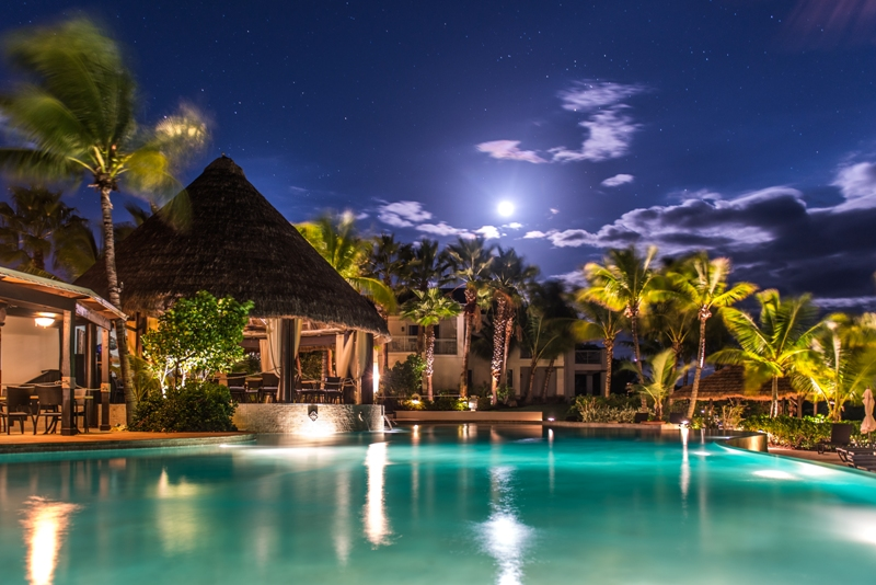 Palapa Grill under the stars