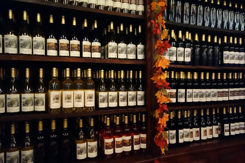 Fredericksburg texas wine art and cuisine luxe beat for Wine painting san antonio
