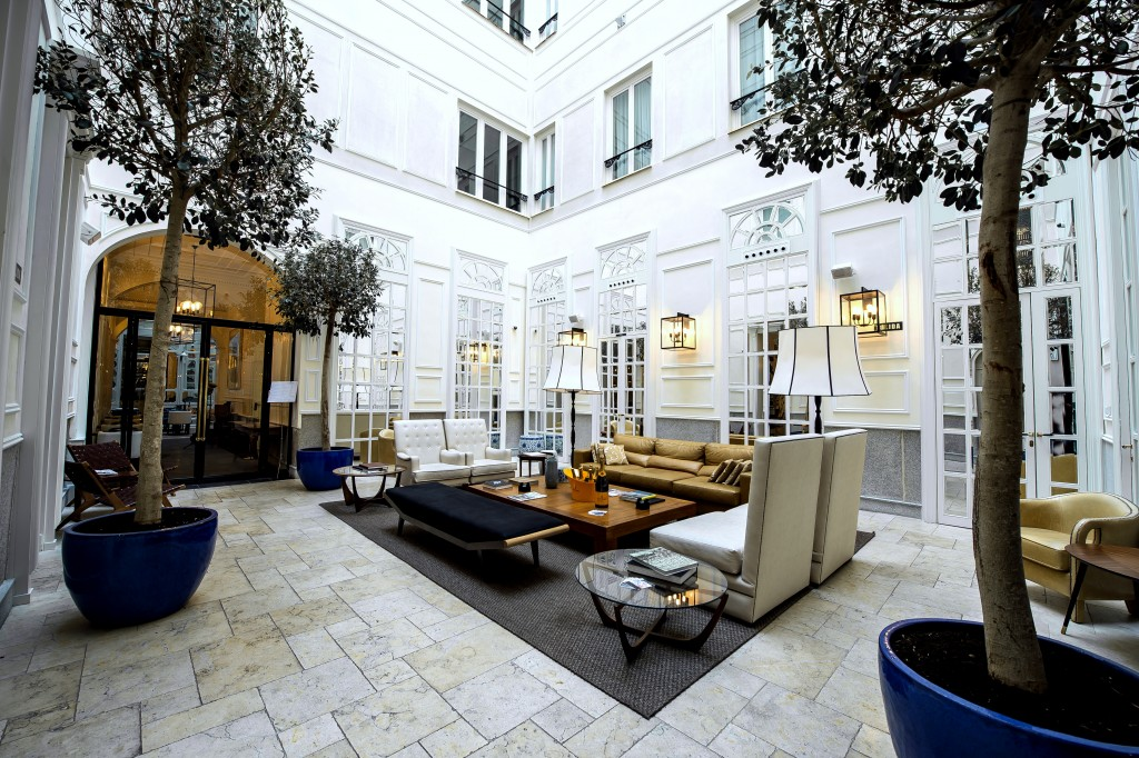 Especially beautiful and serene is the inner patio at the Only YOU Hotel & Lounge Madrid. A bubble top controls the weather outside.