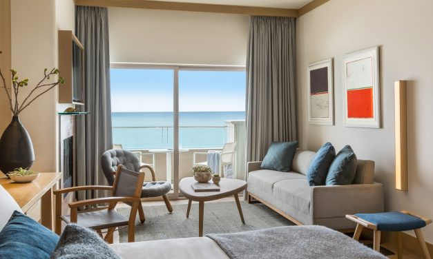 Malibu Beach Inn offers YOUwork space